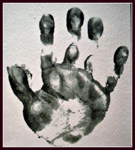 egg hand print